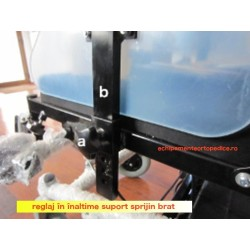 Scaun cu rotile cu suporti detasabili